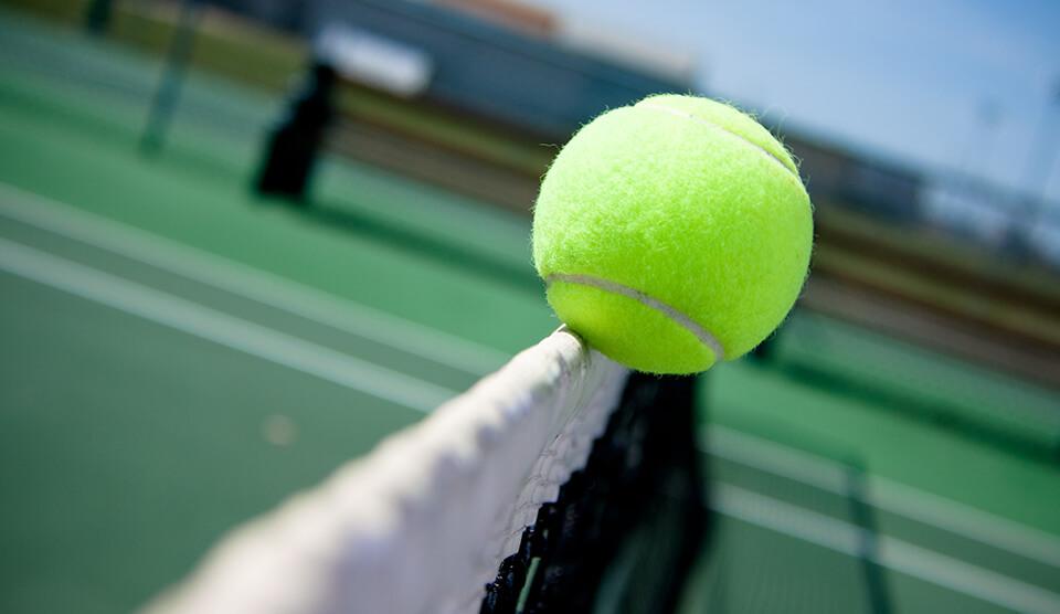 Tenis Direkleri ve Malzemeleri
